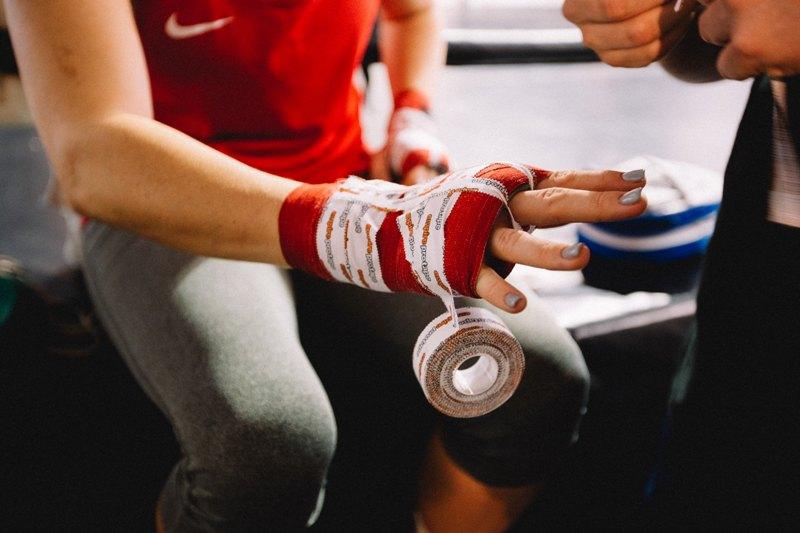 Protezione alle mani per guanti da boxe